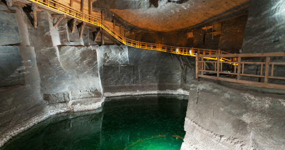 best-tour-outside-krakow-in-wieliczka-salt-mine